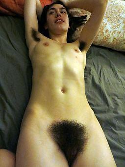 curvy big tits hairy armpits