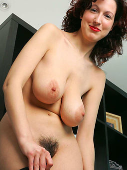 mature milf hairy pussy and still sexy