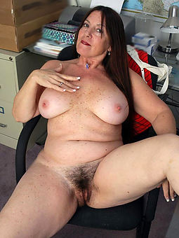 porn pictures of chubby hairy mature