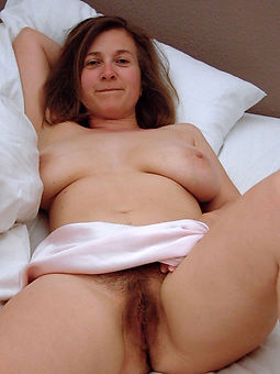 wild naked solo hairy women