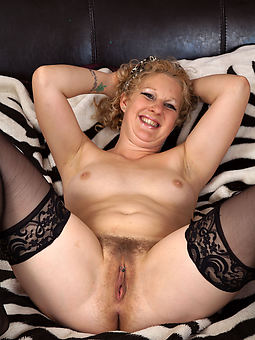 solo hairy girls corps