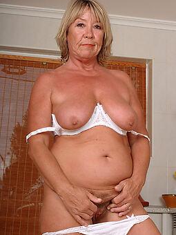 sexy hairy blonde amature sex pics