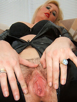 porn pictures be incumbent on gradual blonde wife