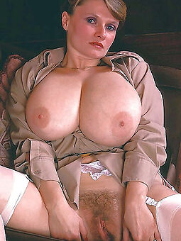 porn pictures of queasy pussy big tits