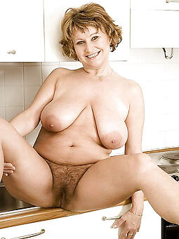 big tits hairy cunt porn pic