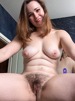 sexy hairy woman second-rate nude pics