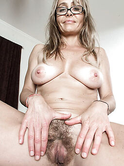 hot sexy hairy pussy tease