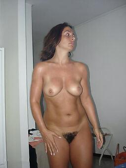 hairy girlfriend copulation pictures