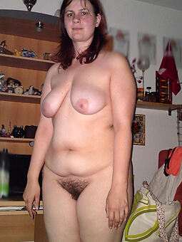 hairy housewife porno