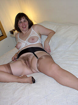 wild housewife hairy pussy