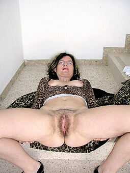 amature hairy housewife pussy free hot pics