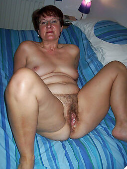 reality nude hairy moms