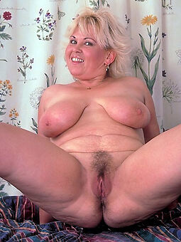 actuality heavy black hairy pussy