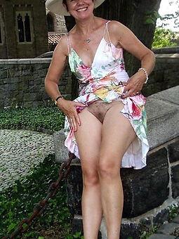 real sexy hairy upskirt free porn pics
