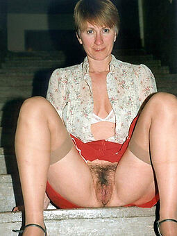 porn pictures of beautiful hairy upskirt pussy