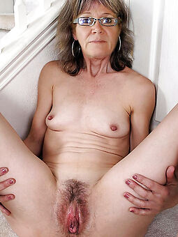 amature old hairy ladies porn pics