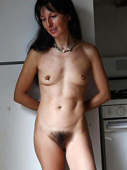 horny hairy brunette pussies xxx pics