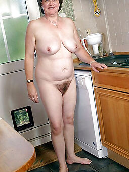 hairy housewife pussy hot pictures