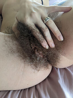 amateur nude muted bushes tease