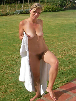 in the altogether alfresco hairy pussy tease