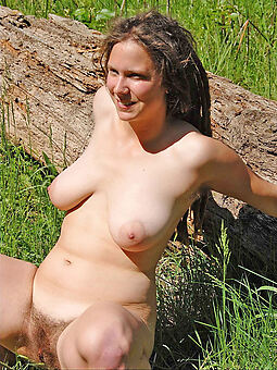 hairy pussy outdoors amature porn