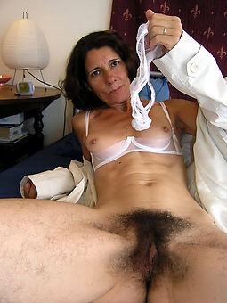 extreme queasy pussy free porn pics