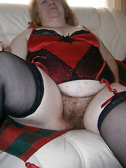 pretty fat hairy pussy exposed