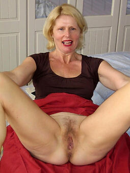 amature hairy blonde bush porn photos