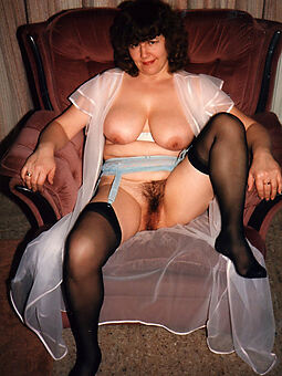 sexy mature hairy stockings stripping