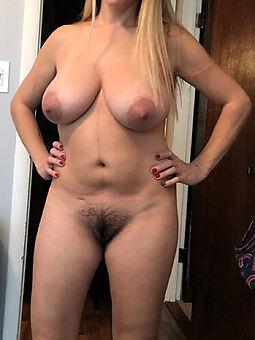nice big tits queasy pussy hot pics