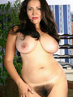 reality big tit hairy pussy hot pics