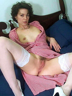 hairy pussy stocking tease