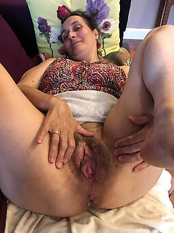 girls anent queasy pussies marauding