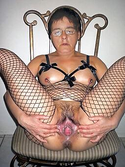 old hairy woman Bohemian porn pics