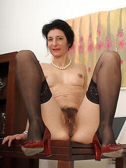 xxx hairy brunette pussy pics