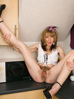prostitute  hairy cunt women