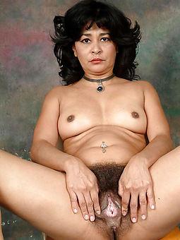 undevious hairy ebony nude