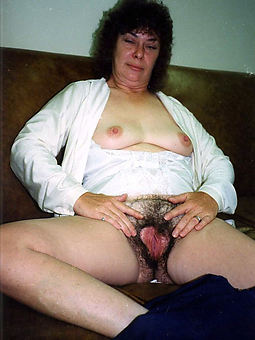 extreme hairy girl amateur nude pics