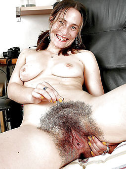 extremely hairy mature hot porn pics