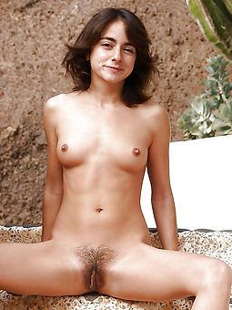 girl flimsy legs free porn