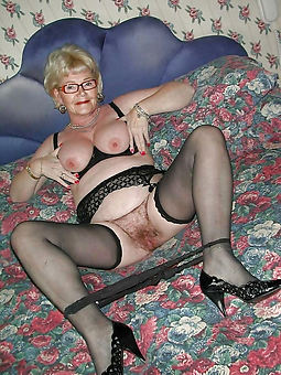 amature hairy nude granny