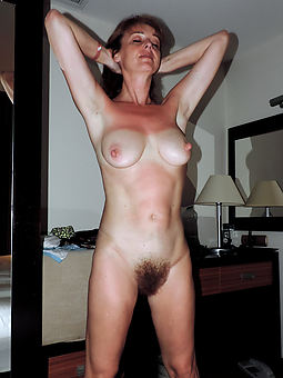 hot and hairy moms amature sex pics