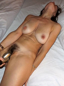 hairy mom masturbating pictures