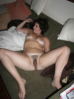 ideal hairy pussy wifes