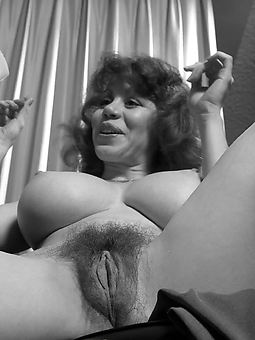 vintage mature muted pic