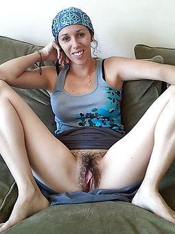 Hairy Pussy Upskirt Pics