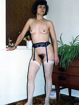 hairy pussy in nylons amature porn