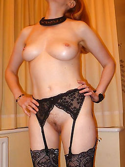wild hairy pussy in nylons