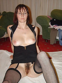 hairy pussy in nylons gallery