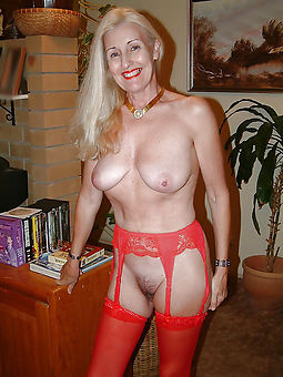 hairy matures in stockings hot porn pics